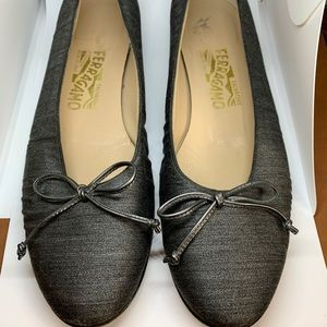 Salvatore Ferragamo Gray Ballet Flats with Bow
